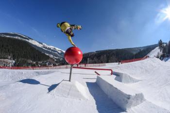 Závod Světového poháru ve freestyle snowboardingu po třech letech opět v Čechách